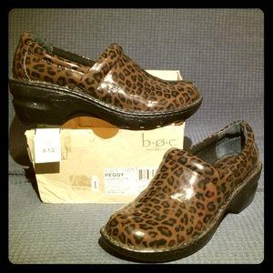 NEW 🎉 b.o.c Peggy nurse Shoes!